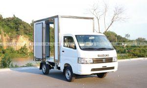 Suzuki 810kg /m/07r04 /m/02ws0w